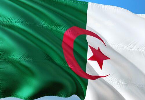 【アルジェリア入国情報】国境封鎖の一部開放措置(外国人の入国)